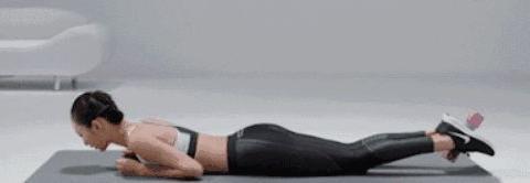 坚持臀腿双结合训练,使用科学方法,协调身材比例,冲向完美