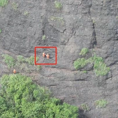 广西一4岁女孩与家人走散,被发现时竟在悬崖边……
