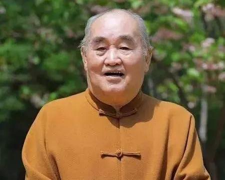 孙伯翔先生乃当代魏碑书法翘楚,是泰斗级书法家,令人钦佩!