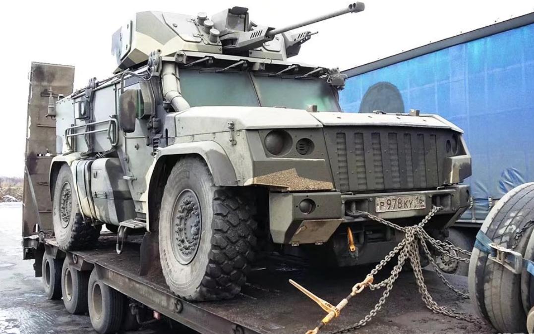 俄一流装甲车台风有多大缺陷?其零部件3成需进口!