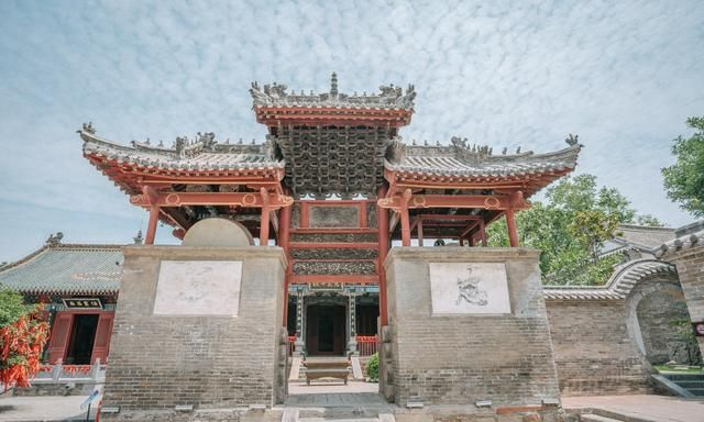 河南有个地方供奉窑神,气势宏伟,平时很少见