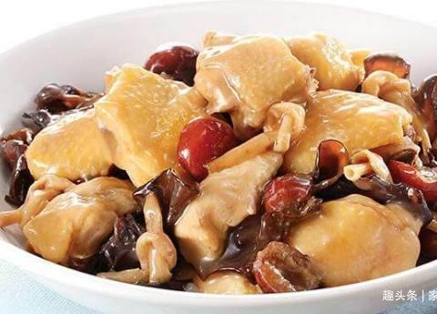 美食推荐:香菇蒸鸡腿,木耳炒肉,西红柿牛肉片,栗子鸡块的做法