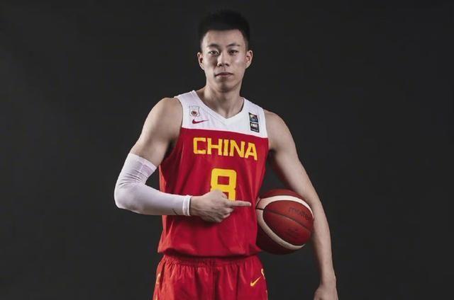 中国队战胜中国台北,广东两名球员最亮眼,赵继伟拼出怒火来