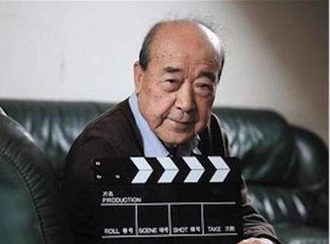 导演让《三国演义》造型师说说关羽为何留长须,说完让他忙了一周