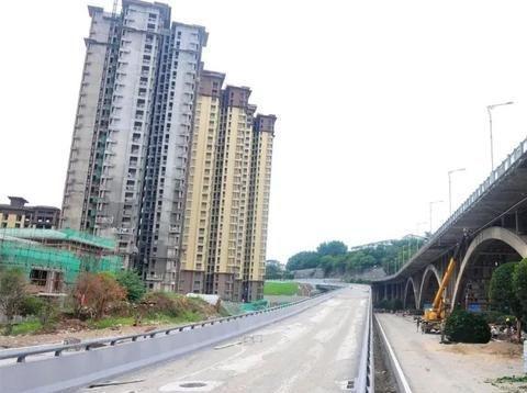 南充:连接嘉陵与顺庆的陈寿路匝道桥主体完工