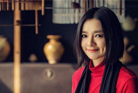 当年加入外籍,嫁入一夫多妻外国王室的美女棋手诸宸,过得幸福吗