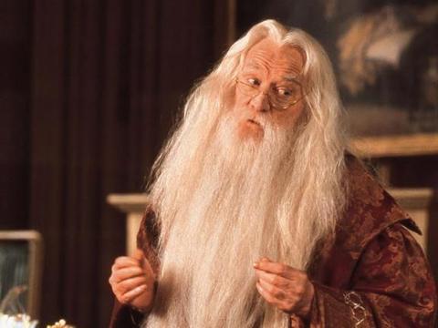"""《哈利波特》:盘点魔法世界的三大""""名""""嘴——嘴严、嘴瓢、嘴碎"""