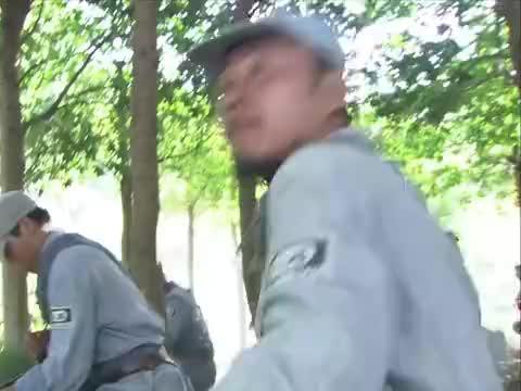 冲出月亮岛:众人发现墨扬跑去追击野田,女劳工们也成功逃出