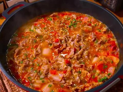 番茄肥牛土豆汤,汤鲜味美营养健康,没胃口煮一锅超过瘾