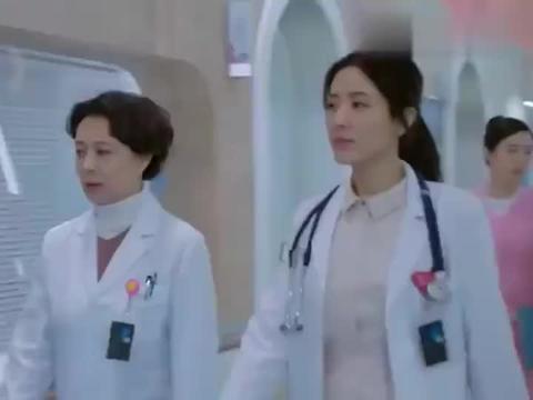 儿科医生:辣妈奇葩造型防医院细菌,护士长让她别打喷嚏