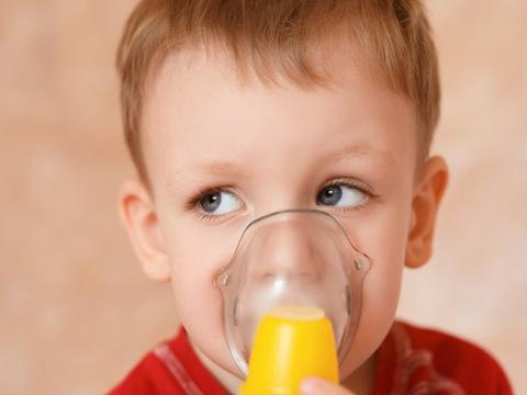 孩子咳嗽不止睡眠难安?常吃3种食物,缓解孩子咳嗽、发育好