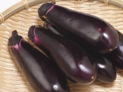 茄子是高血脂的发物,医生,想降脂的人,3种素食要少吃