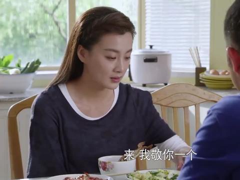 平凡岁月:舞蹈演员真是惨,放着海鲜大餐不能吃,只能啃黄瓜