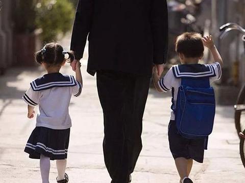 有一个好父亲,是孩子一生的财富,这位爸爸的教育方法值得学习