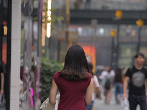 酒红色礼服裙,重要场合,帮你轻松hold住全场,彰显强大气场