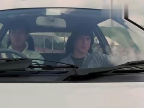 夏日福星:三杀手公路越野狂飙,带着汽油桶直接炸车,看着太牛了