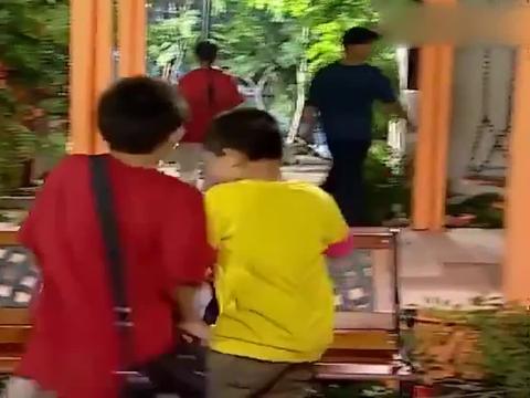 家有儿女:刘星发现夏雨有问题,给父母回报却遭无视,倒霉的孩子