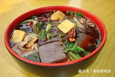 美食推荐:麻辣小龙虾,黄瓜拌鸡丝,健康麻辣烫,荷兰豆炒蟹味菇