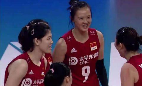 中国女排3-0横扫波兰获六连胜,颜妮轮休,中国队四人得分上双