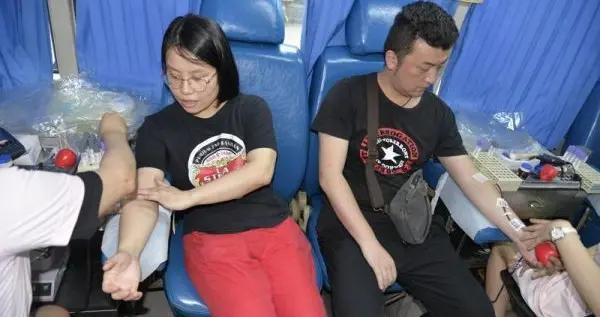怀化市自来水公司开展无偿献血主题党日活动