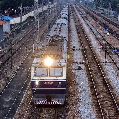 成渝双城经济圈7条高铁齐推,未来5年轨道交通将达万公里