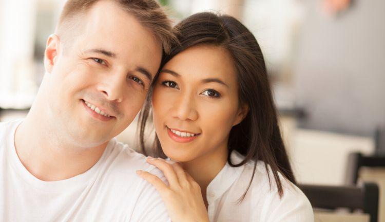 夫妻AA制生活14年,男人想接父母过来住,老婆拒绝:绝对不行