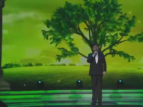 吕继宏再唱《咱老百姓》,歌词接地气,唱到了人的心坎里!