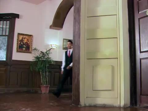 山河:汉奸住的酒店布满特务,苏海龙有妙招,光明正大入室干掉他