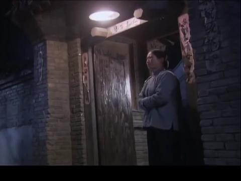 叶落长安:儿子当了会计师,母亲乐坏,竟瞧不起穷邻居!