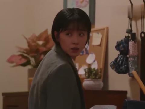 亲爱的自己:雨薇差点坠楼,吓傻的芝芝狠狠地责备买菜回来的刘洋