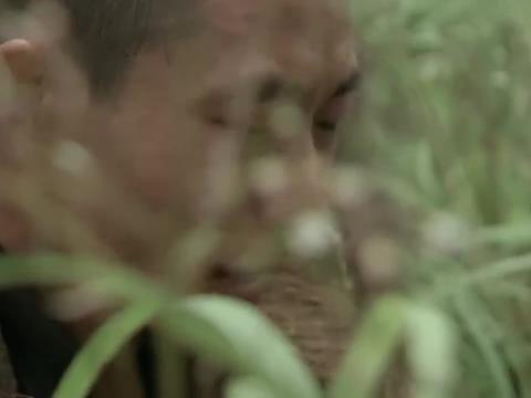 圣天门口:乞丐刚来直奔镇长家,一切太过巧合,小伙细思极恐!