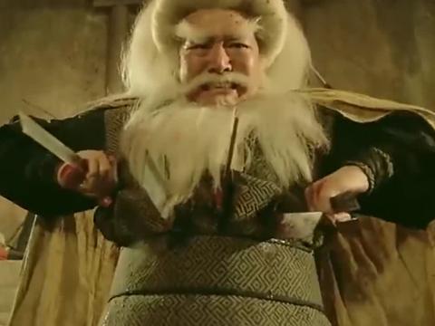 倚天屠龙记:白眉鹰王以一敌五,身中数剑竟然不死,果然名不虚传
