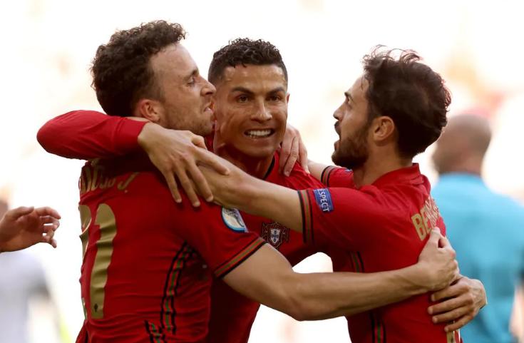 欧洲杯首支小组第3出局!16强酝酿2场超级对决:比利时PK葡萄牙