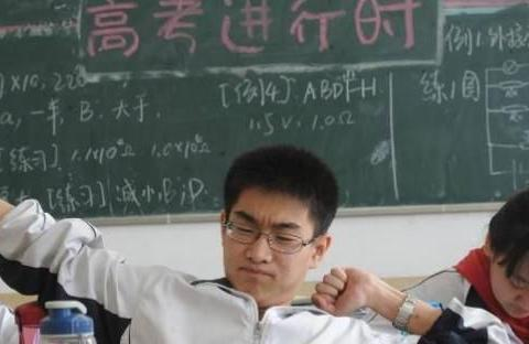 怎么努力都学不好的3大学科,物理第三,第一说多都是泪