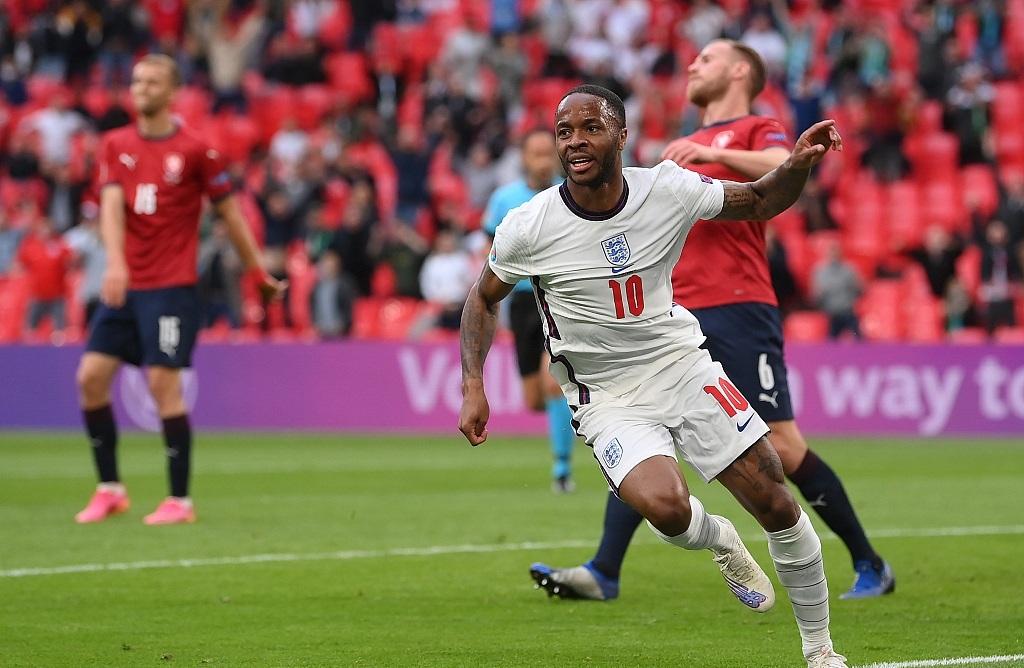 欧洲杯小组赛英格兰全部进球他一人包办,用他加钱买凯恩,值吗