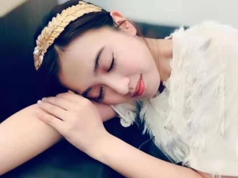TVB前学霸小花朱千雪分享近照,网友看错以为宣布怀孕