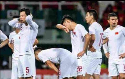 国足世预赛征程迎来重大转机,多方因素助李铁完成国人世界杯之梦