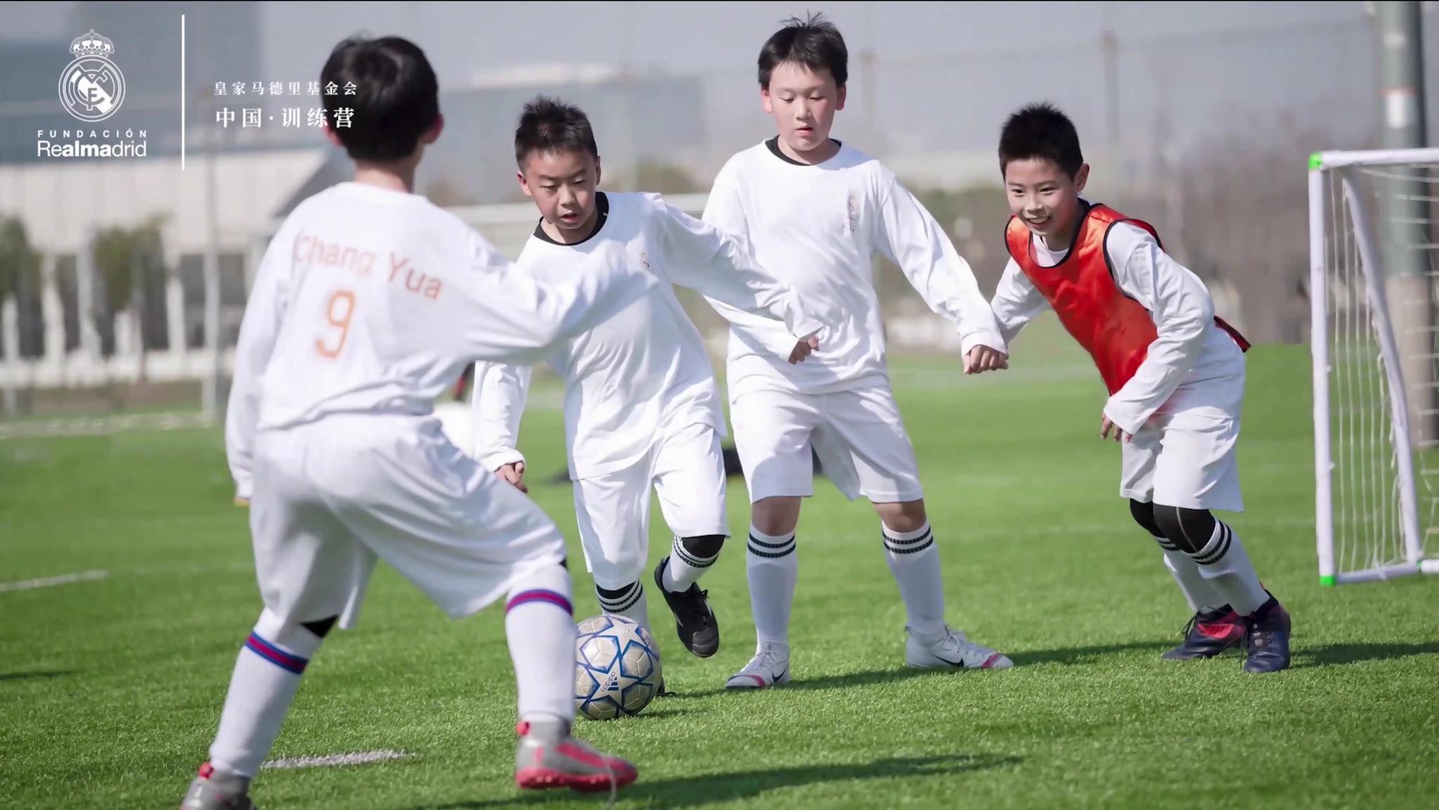 国际足球 换一个角度看足球——专访西班牙名宿卡西利亚斯
