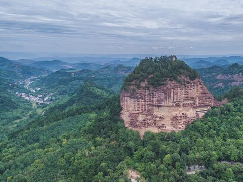 甘肃热门旅游景点 麦积山石窟旅游攻略 低音号导游