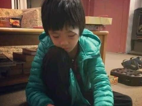录《爸爸去哪儿》造成眼角永久性伤害,13岁费曼露无刘海正脸