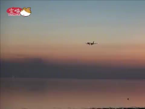 印度航空波音777-200LR夜间降落 灯火璀璨