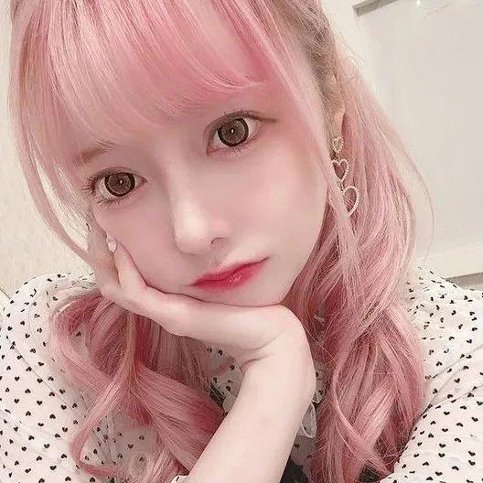 日本17岁美少女表白被拒,怒砸600万整容意外成偶像!正当红时却离奇死亡…