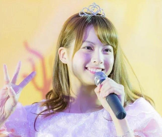 日本女星开面馆,曾时薪59元,如今年收入破百万,24岁成拉面女王
