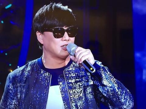 盲人歌手萧煌奇自曝新恋情,热衷于看房,靠气流断房子好坏
