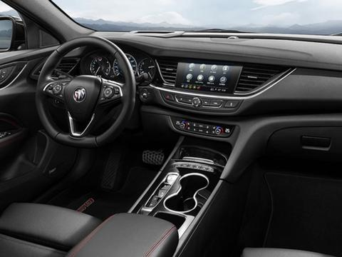 新款君威GS上市,7秒破百!2.0T运动型中级车还有哪些狠货