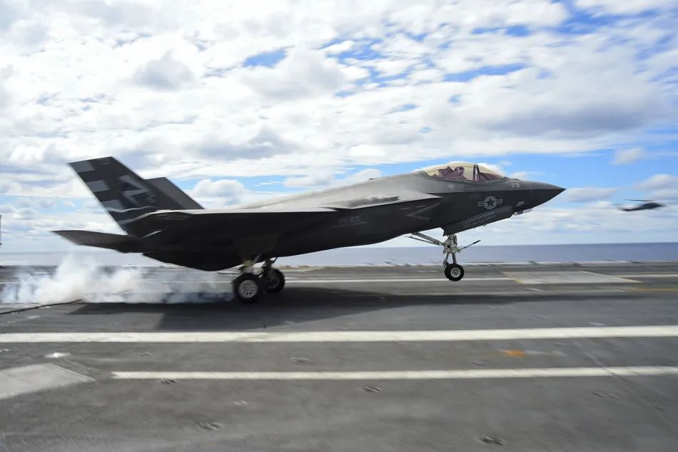 美国海军F-35C战斗机