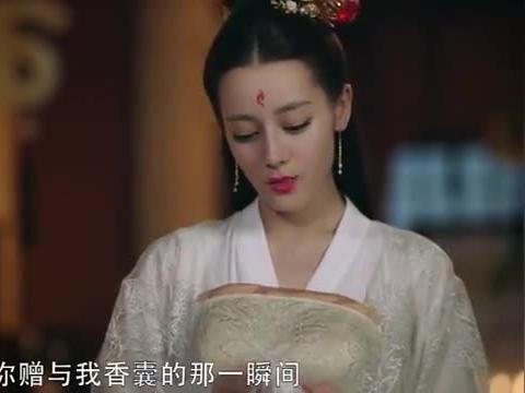 公主和好姐妹盗取灵璧石被凤九发现,好姐妹当场自尽,公主泪目啦