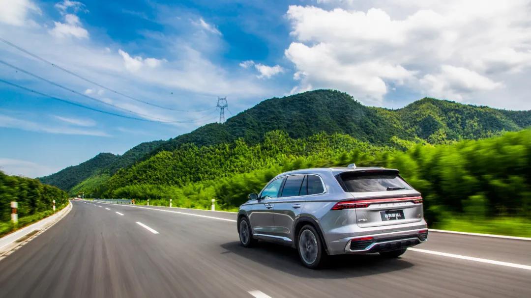 吉利星越L对比本田CR-V,20万选国产还是合资?