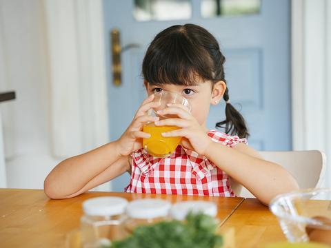常吃这几种水果,娃肥胖、龋齿?再爱吃,也得控制住