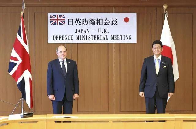 英国派出两艘巡逻舰,想赖在亚洲永远不走了| 京酿馆